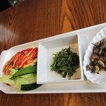 cafe mimosa - ほうれん草とチーズのオムレツ