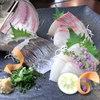 武蔵野うどん じんこ - 料理写真:お刺身もございます