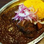 ゴカルナ - 料理写真:黒ビーフカレー