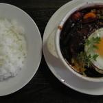 オリーブ - 煮込みハンバーグ(真上)
