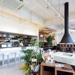 スンドゥブカフェダンロ - 店内の中央にどんっと構える暖かい暖炉です。ゆっくりとお過ごしください。