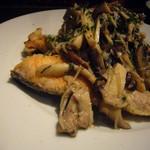 Bona Dea - 鮭とキノコのソテー