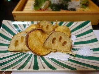 味楽 ゆめり - 五郎島金時と小坂れんこんの天ぷら 650円