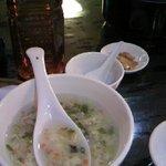 静安飯店 - 丼スープ お茶 おひつ