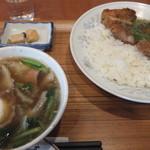 四川飯店 - 排骨飯セット
