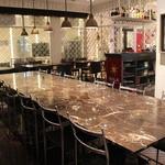 マハラジャ - 店内:テーブル席