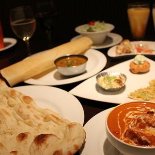 北と南インド料理の両方を楽しめる
