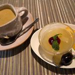 レストランITOSHIMA - ランチのドリンクとデザート。うんまい♪