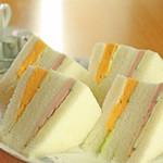 喫茶チロル - ハム玉子サンド