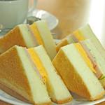 喫茶チロル - ハム玉子トースト