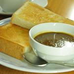 喫茶チロル - カレートースト