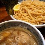 逸品堂 - 濃厚つけ麺(大盛り)