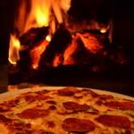 イザカヤ・ジャ・ナイ - レギュラースタイルピザもいかがでしょうか?
