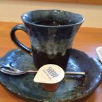 モモグミ - ホットコーヒー