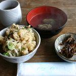 世古牡蠣店 - 牡蠣御飯と牡蠣の吸い物、牡蠣の佃煮