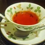 シェ ヨコイ - 紅茶です。