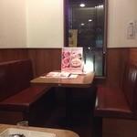 ジョリーパスタ - テーブル席