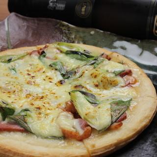 鴨ロースと九条ネギのピザ