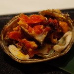 メゾン・ド・ユーロン - 丸ごと上海蟹の姿蒸し オレンジ色のメスは卵を 2014.11.2x