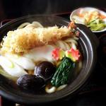 小松屋 - 鍋焼きうどん(季節限定)
