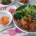 繚乱 - 焼大豆ミート定食と山芋納豆