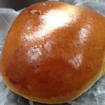 ベーカリーゴアール - クリームパン