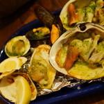 サカナバル グリル - 色々な貝のグリル