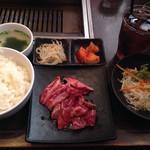 Yakiniku TAIGA - 焼肉御前(2品)中落ちカルビとハラミ