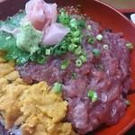 味処 まほろば - 三色丼1990円