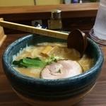 まがり - 料理写真:らぁ麺