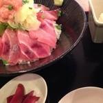 32967572 - 上マグロ丼(750円)