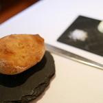 ピ・グレコ - <2014年11月>チャバタというパン。塩味と甘さが両立してしかも香ばしい。