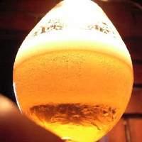おまつり本舗 - 毎日、手入れの行き届いたビールサーバーから注がれる生ビールは暑さを忘れさせますね (^^♪