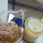 アトリエ・ムー - 料理写真:シュークリームとプリンを買ってみました。