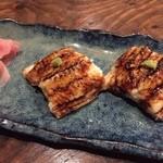 Japanese Dining ゑびすダイニング - 穴子のにぎり。やわらかくて、ホンマにとろけてしまいました!