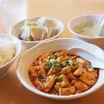 栄児 家庭料理 - ランチの麻婆豆腐定食(1000円)
