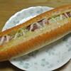 Hokkubekari - 料理写真:ホックベーカリー皆生店・ベーコンポテトドッグ(2014.10)