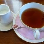 英国紅茶専門店 THE TEA HOUSE  - ネプチューン
