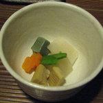 田楽 - 釜飯弁当1800円 炊き合わせ