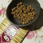 自然庵 - 小粒納豆はたれ無し、お醤油で頂きます。