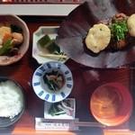味由貴壮 - 山芋朴葉味噌定食