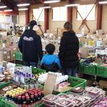 川端市場 - 中には個別商品