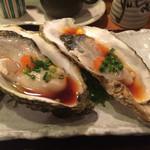 すし輝 - 生牡蠣 2個 700円