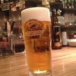 ワイン食堂 久 - タップから注いてくれるビールは美味い!