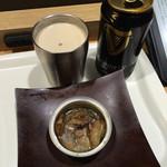 CISCA - ギネス(318円)、缶詰かきスモーク(432円)
