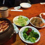 オムニ食堂 - ランチの前菜(?)