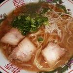 地鶏食堂 - スープは旨みが濃くて美味しかった