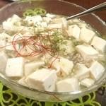 33004620 - 心龍 元祖白い麻婆豆腐♪絶品です。 fromグリーンロール