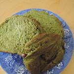 33005118 - 村山お茶食パン(抹茶・大納言)