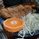 ラピス - 料理写真:でた!わらじトンカツ(200gデス)
